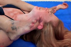 DEFEATED Dragonlily foot fetish fight - Dragonlily Vs Cheyenne Jewel (21)