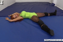SKW-JESSIE-BELLE-vs-THE-INVISIBLE-(114)