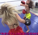 FWR-KICK-BOXER-VS-MUAY-THAI-FIGHTER-(15)