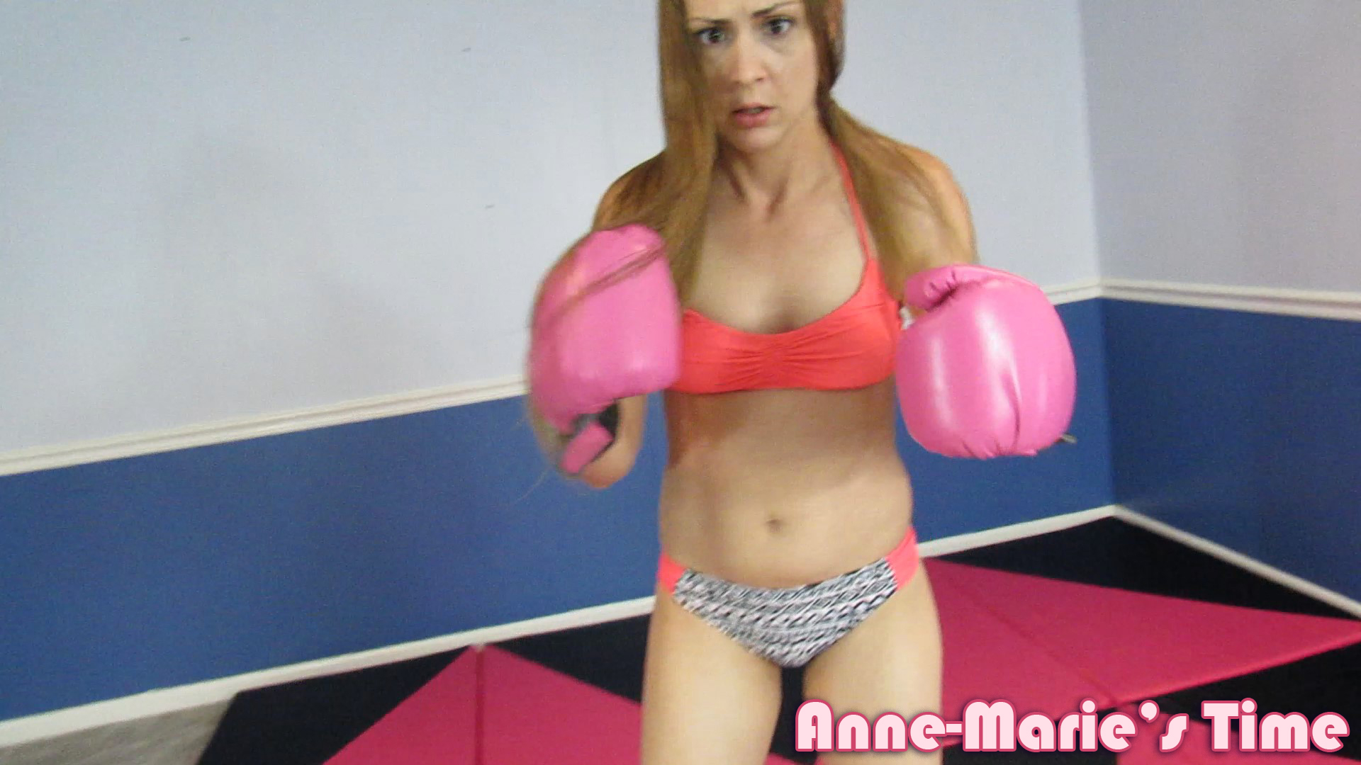 Anne-boxing-17