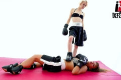 DEFEATED-Boxe-4---Tracy-Lilith-(24)