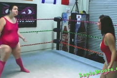 Layla Moore - Amazon Ass Beating for Mutiny (1)