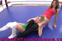 FWR-ANYTHING-GOES-BECCA-VS-HOLLYWOOD-(12)