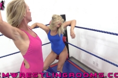 FWR-ANYTHING-GOES-BECCA-VS-JULIE-WINCHESTER-(17)