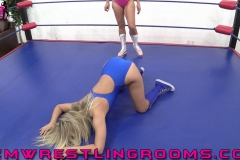 FWR-ANYTHING-GOES-BECCA-VS-JULIE-WINCHESTER-(19)