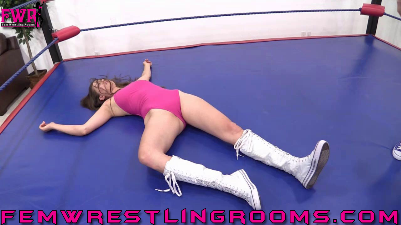 FWR-ANYTHING-GOES-SUZANNE-VS-BECKY-(48)