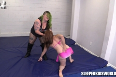 SKW-BETTY-BATTLES-THE-BUTCHER-(27)
