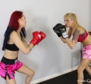 CALI Boxing it Out with Bella Ink and Lea Hart (6)