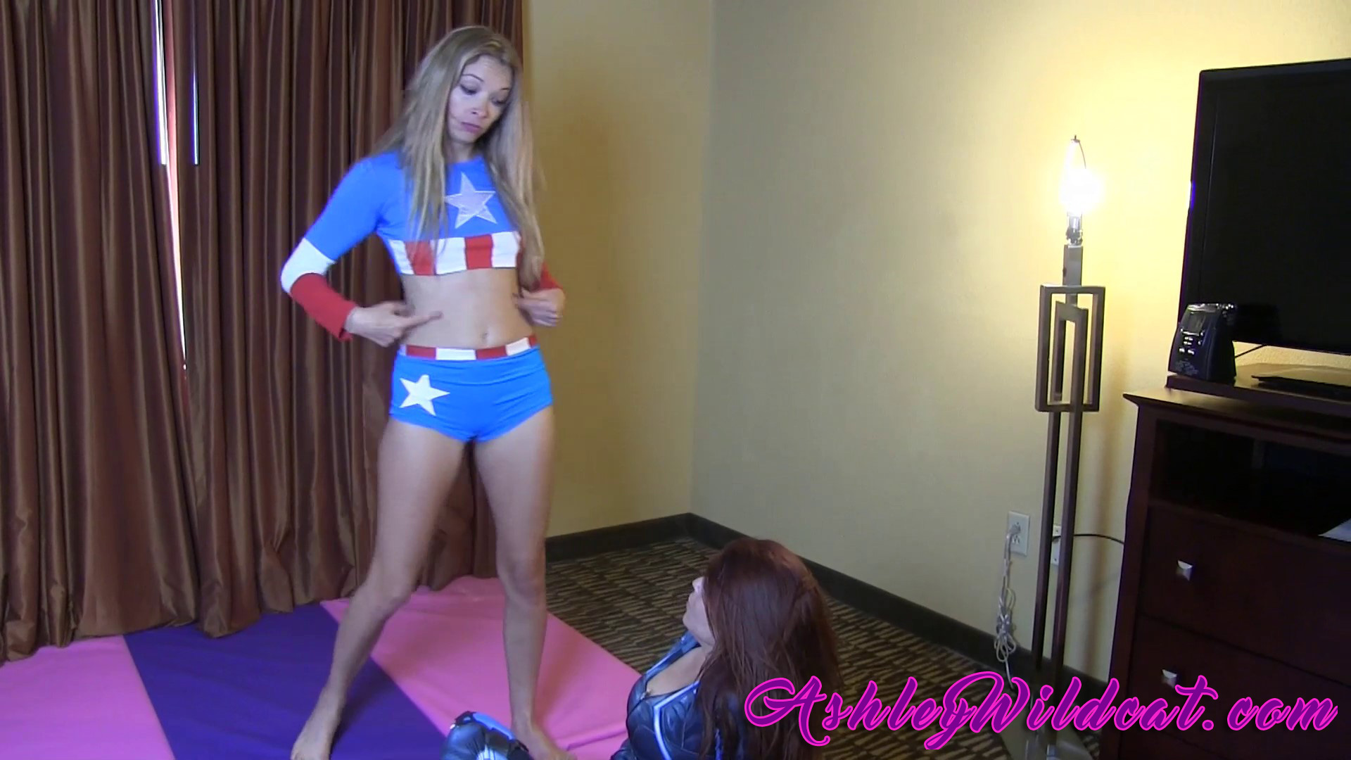 ASHLEY-Captain-America-vs-Black-Widow-(34)