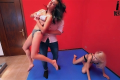 DEFEATED-Double-Bearhug-and-Neck-Lifting!!---Valerie-and-Lilith-(26)