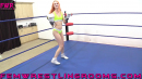 FWR-PUNCHING-OUT-STEVIE-3