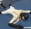 SKW-SENTRY-GIRLS-SESSION-49---becca-vs-merry-(27)