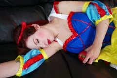 [C4S] - Ludella Hahns Fetish Adventures - Snow White & the 7 KOs (14)