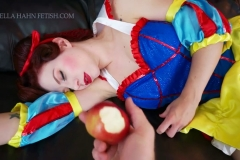 [C4S] - Ludella Hahns Fetish Adventures - Snow White & the 7 KOs (15)