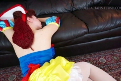 [C4S] - Ludella Hahns Fetish Adventures - Snow White & the 7 KOs (33)