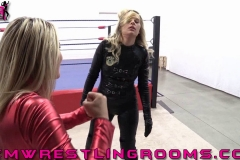 FWR-SPIDER-BECCA-MEETS-OFFICER-ARIA-(25)