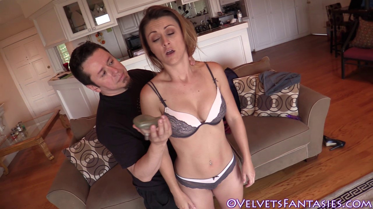 JVF-Staying-In-&-Going-Out-With-Karlie-Montana-(112)