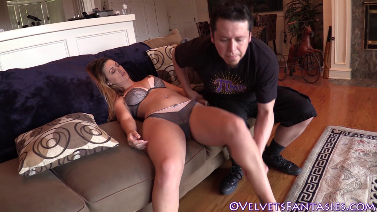 JVF-Staying-In-&-Going-Out-With-Karlie-Montana-(122)