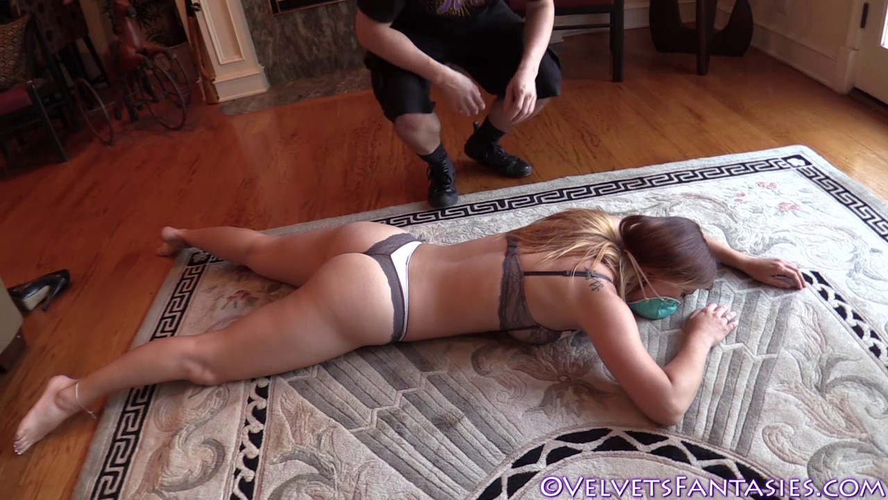 JVF-Staying-In-&-Going-Out-With-Karlie-Montana-(147)