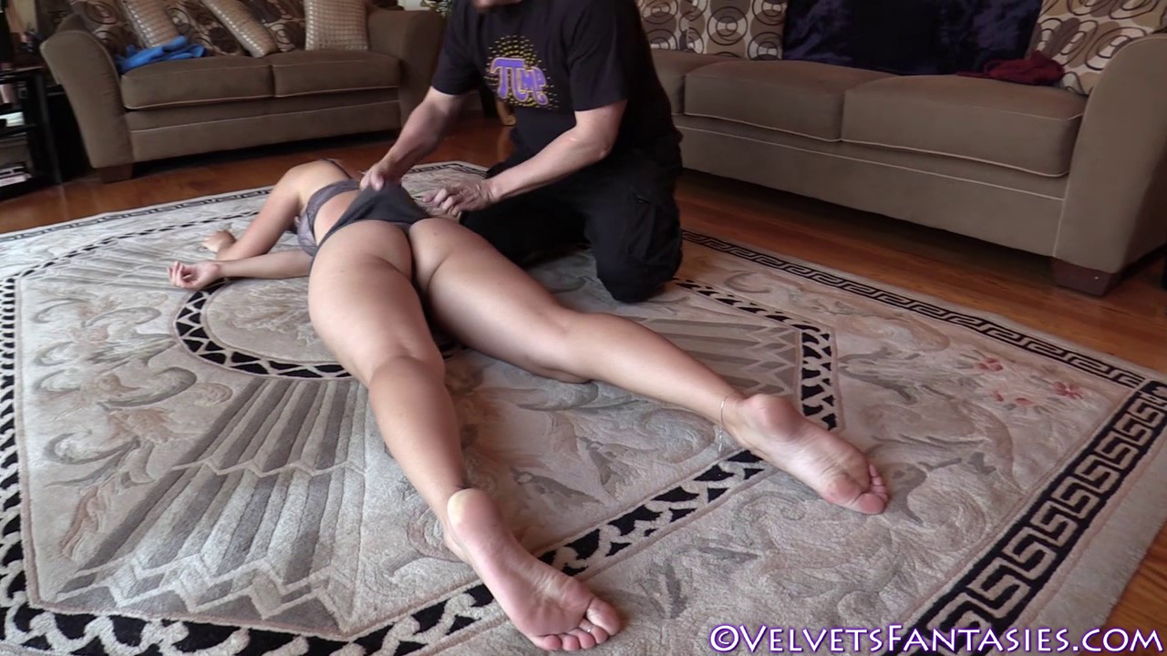 JVF-Staying-In-&-Going-Out-With-Karlie-Montana-(68)