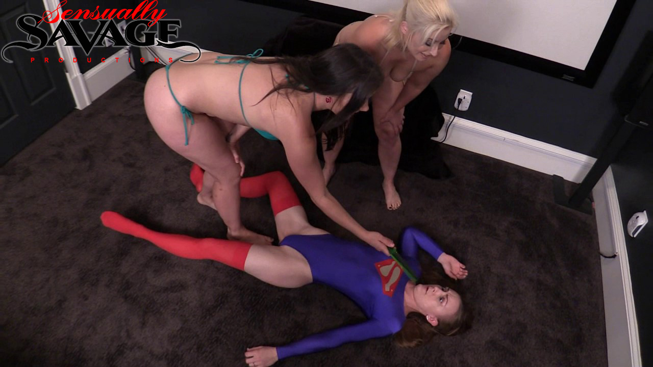 SSP-SUPER-SUBMISSIVE---anne-marie-sinn-galas-(12)