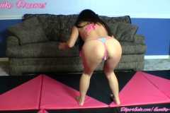 SUMIKO-The-Invisible-Wrestler-Strikes-Again-(18)