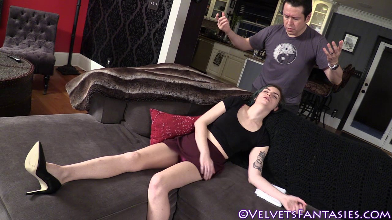 JVF-The-Sleep-Of-Her-Dreams-(20)