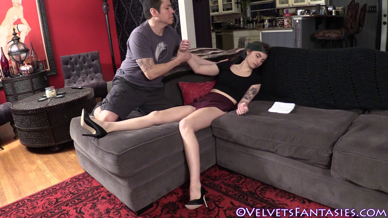 JVF-The-Sleep-Of-Her-Dreams-(35)
