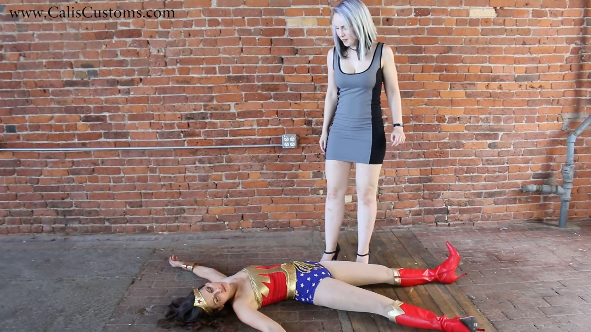 CALI The Wonder Woman KO Trap (24)