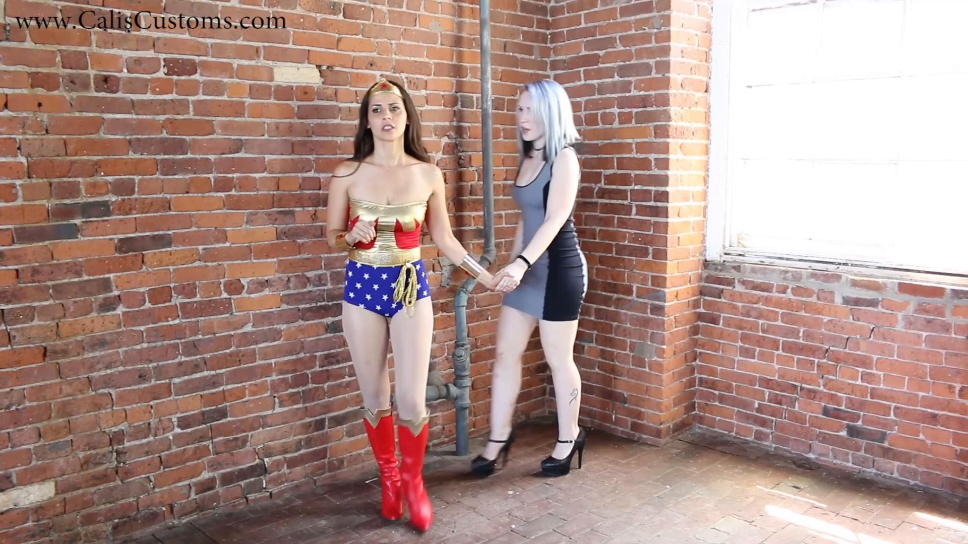 CALI The Wonder Woman KO Trap (4)