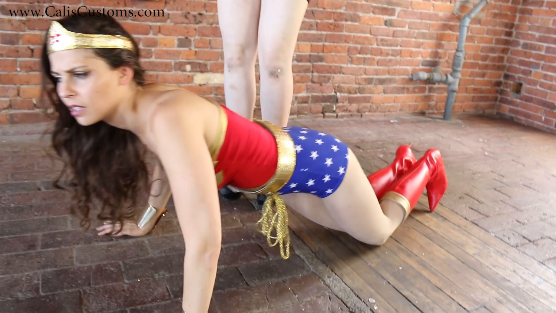 CALI The Wonder Woman KO Trap (43)