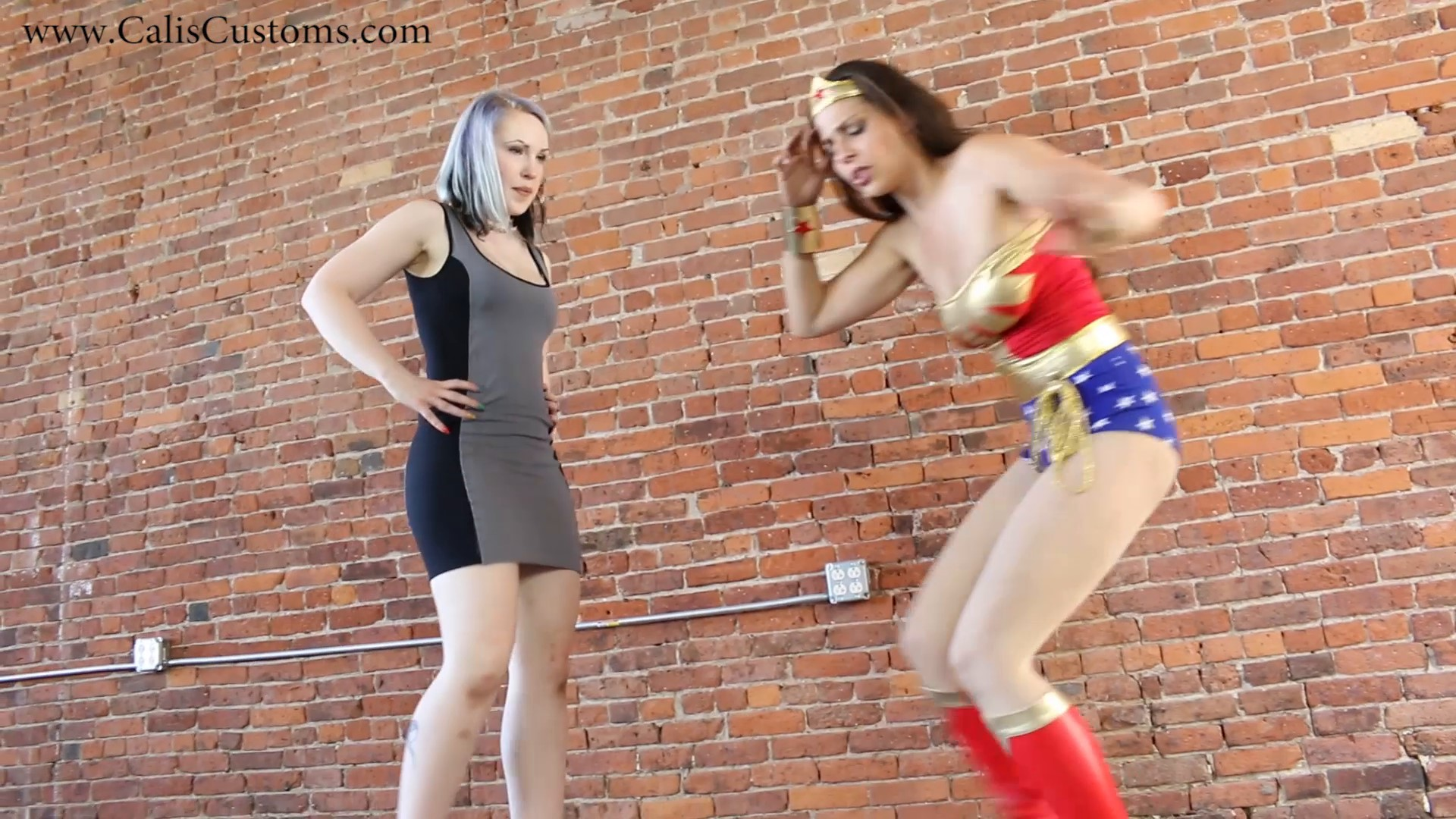 CALI The Wonder Woman KO Trap (68)