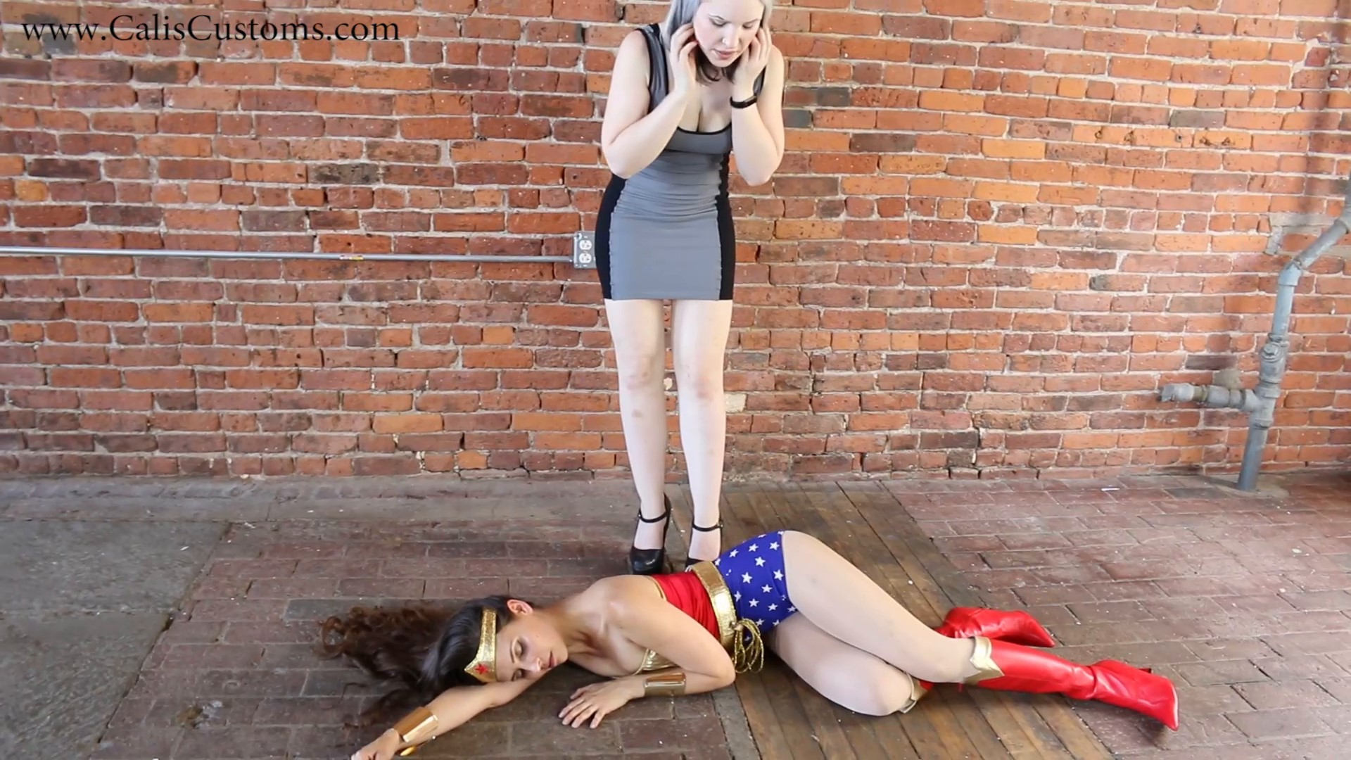 CALI The Wonder Woman KO Trap (7)