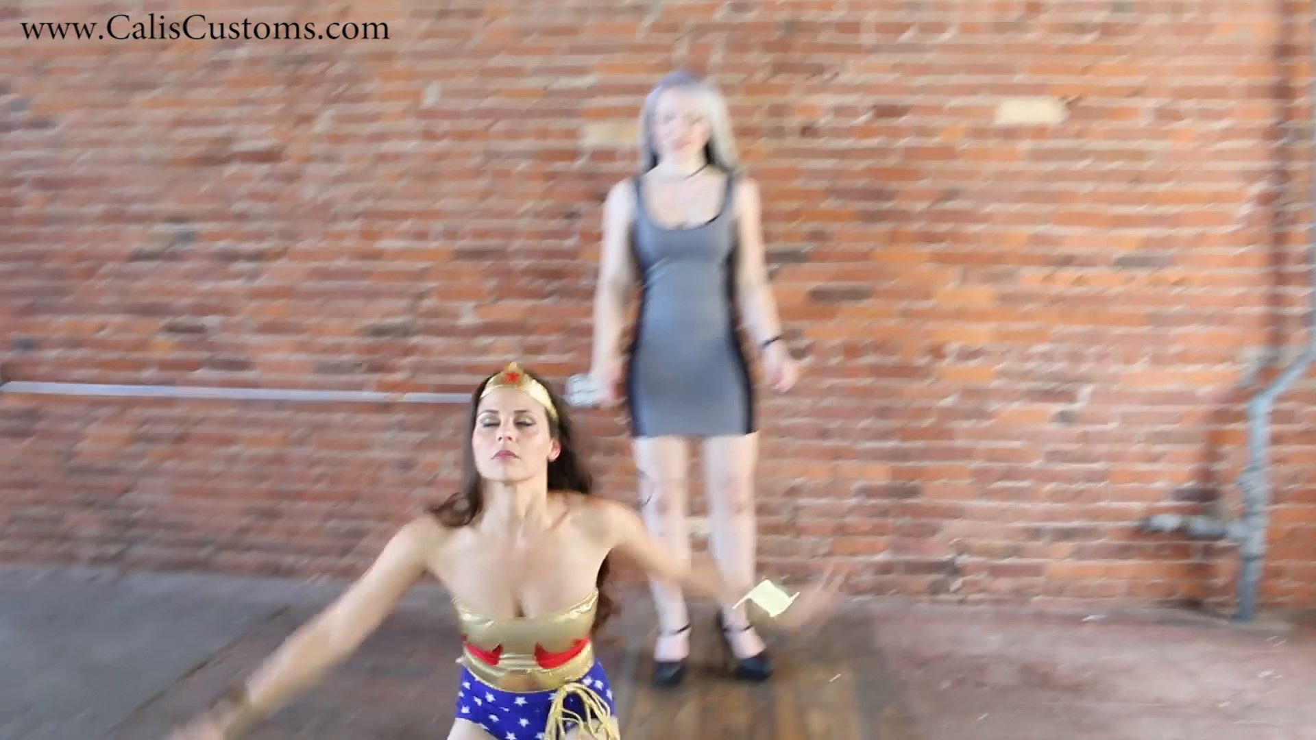 CALI The Wonder Woman KO Trap (70)