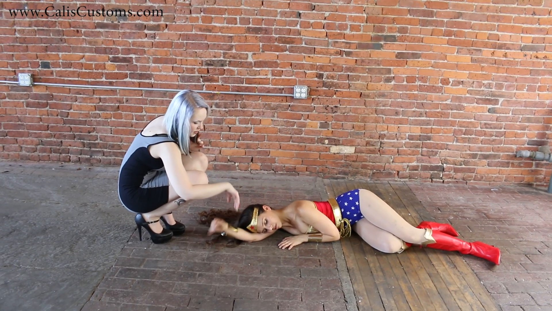 CALI The Wonder Woman KO Trap (8)