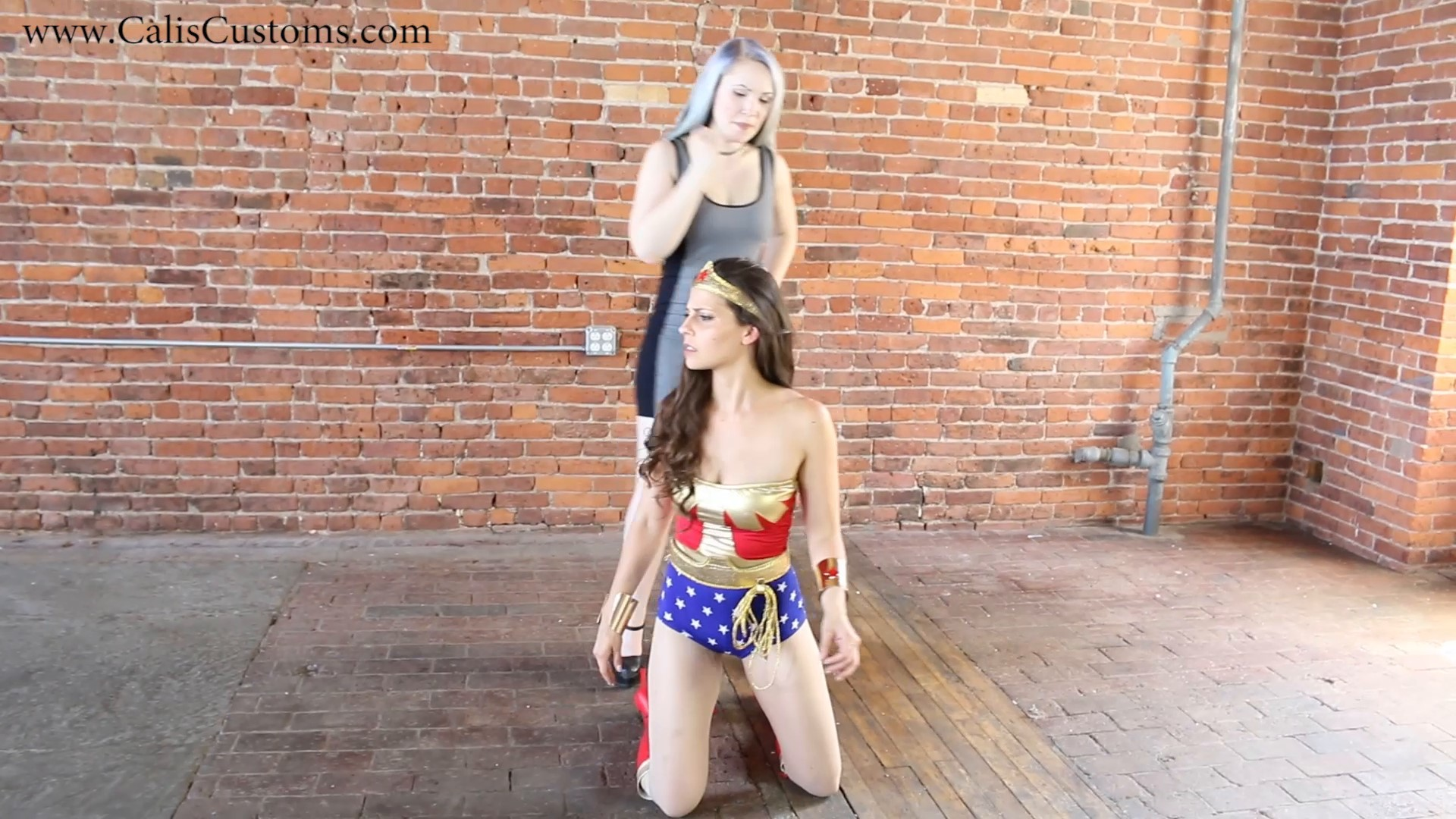 CALI The Wonder Woman KO Trap (87)