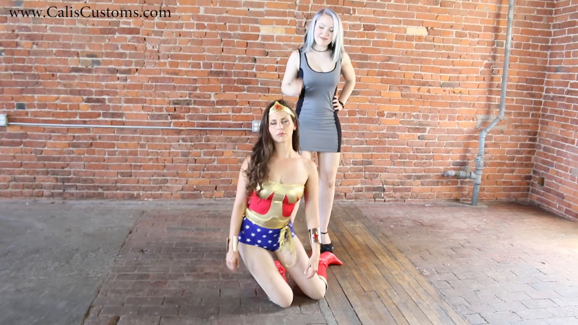 CALI The Wonder Woman KO Trap (88)