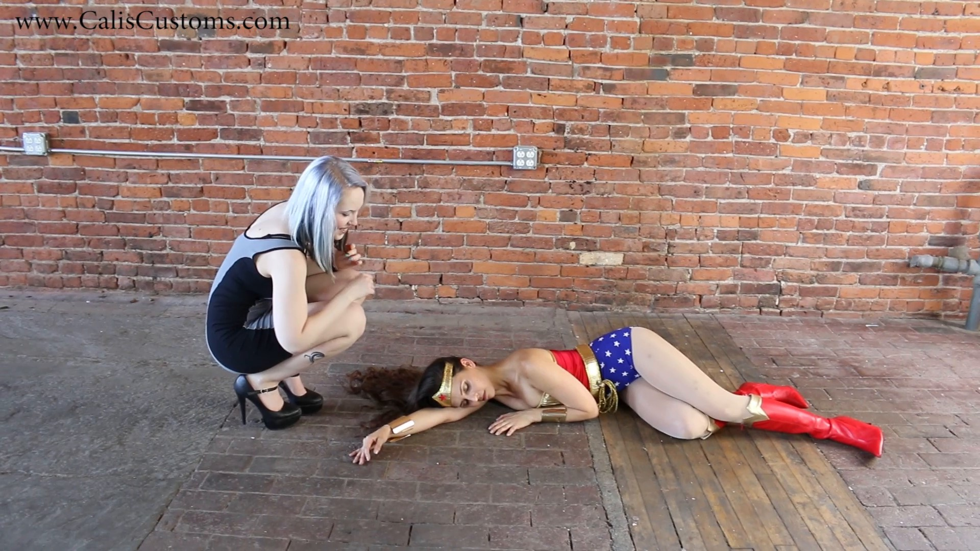 CALI The Wonder Woman KO Trap (9)