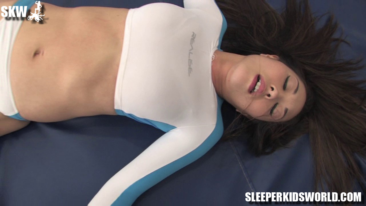SKW-TINY-vs-BECCA-and-SUMIKO-(116)