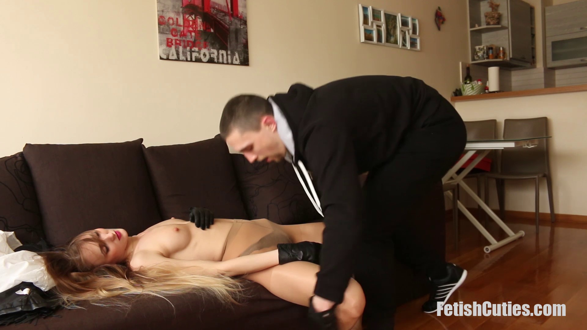 FETISH CUTIES Unsuspectedly Caught, Neck Chopped And Used For Pleasure (65)