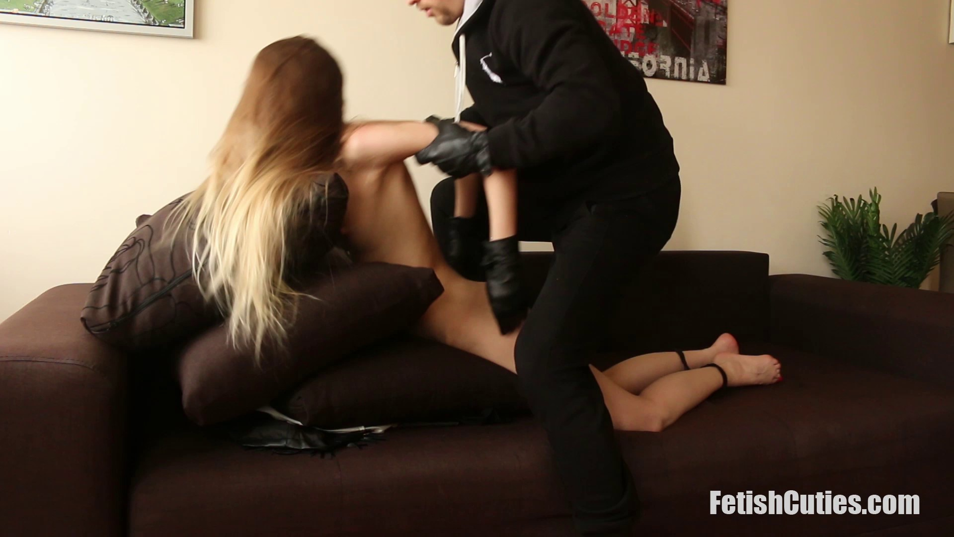FETISH CUTIES Unsuspectedly Caught, Neck Chopped And Used For Pleasure (84)