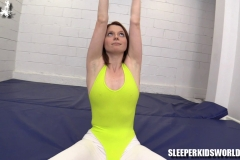 SKW-WORKING-OUT-WITH-MERRY-MEOW---angel-lee-(18)