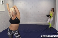 SKW-WORKING-OUT-WITH-MERRY-MEOW---angel-lee-(6)