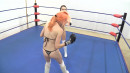 FWR-THONG-BOXING-BEAUTIES-005